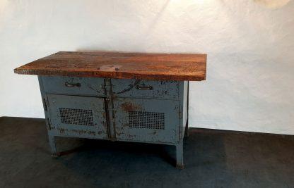 Werkbank Untergestell Stahl feldgrau lackiert, Tischplatte Buchenholz
